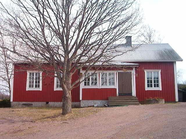 byagård_ute_fram